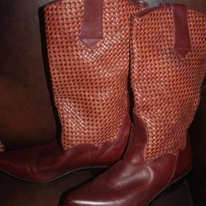 VINTAGE DINGO WESTERN BOOTS WOVEN LEATHER 7 M